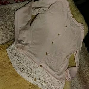 Pink and lace button back top sz s